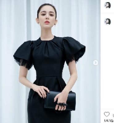 古力娜扎(グリナザ)女優 モデル